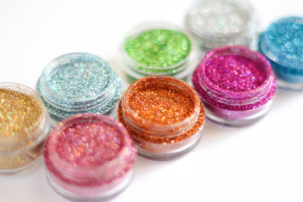 paillettes facepainting bodypainting glitter