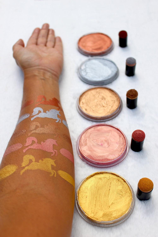 bodypainting couleurs métalliques