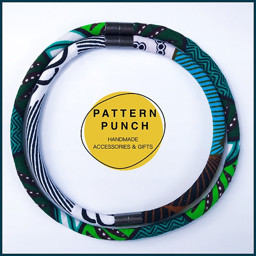 Fabric rope necklace in green, black and white