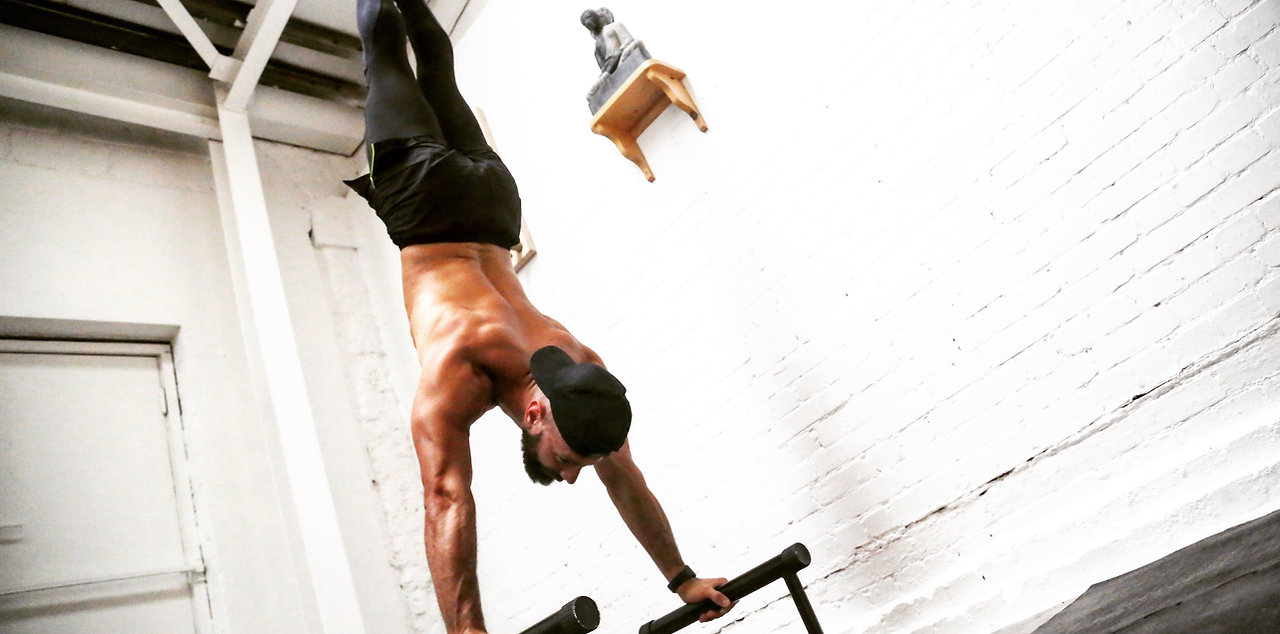 amazing body transformation esat london, old street, shoreditch, acrobatic, handstand