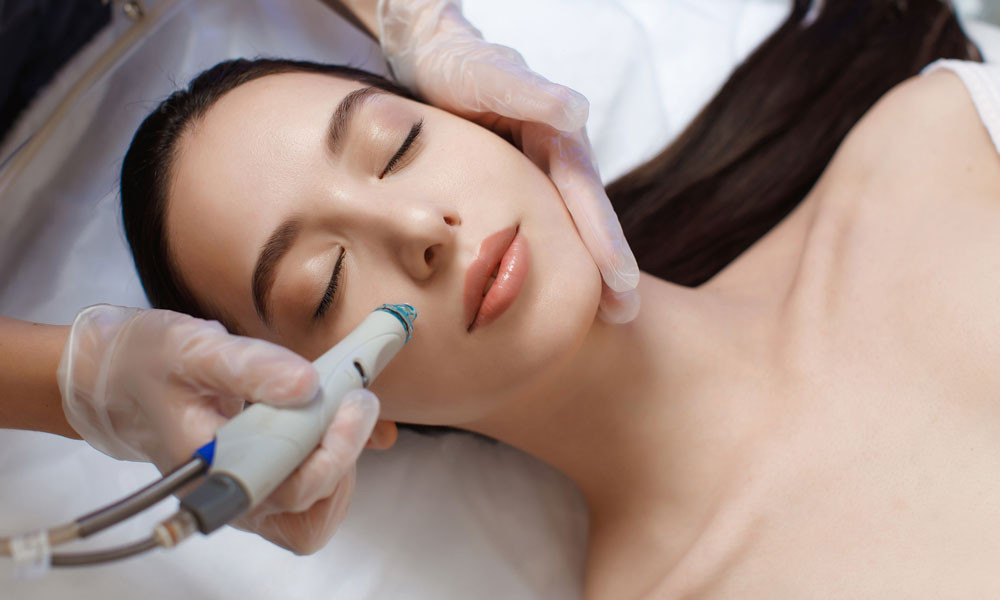 Hydrafacial Why a HydraFacial Is the Wow Treatment You Have Been Looking For Blog Image