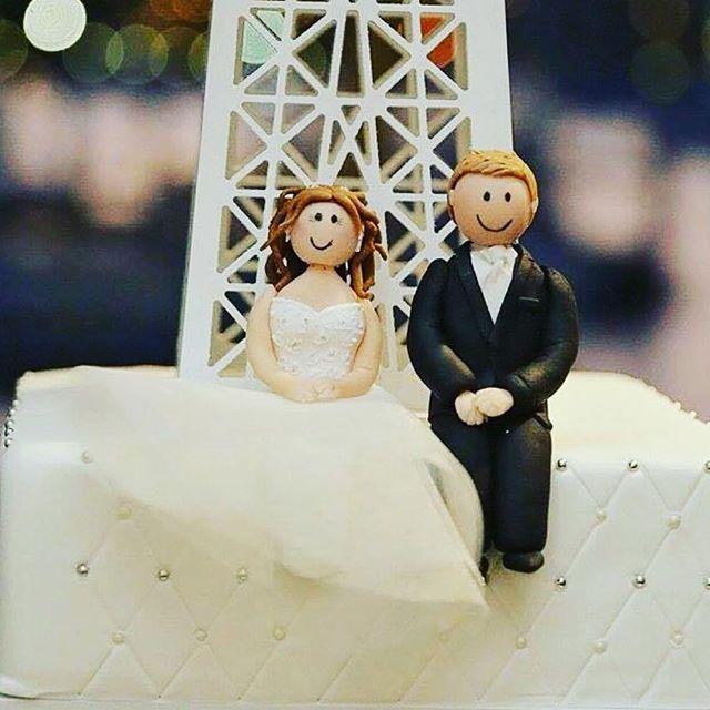Bride and Groom cake toppers_#lizandshane #fondantfigurines #eiffeltowerengagement #handmadecaketopp