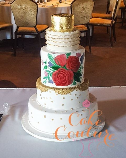 The Bold and the Beautiful_#weddingcake #handpaintedcake #goldleaf #roses #6tiers #glamour #townsvil