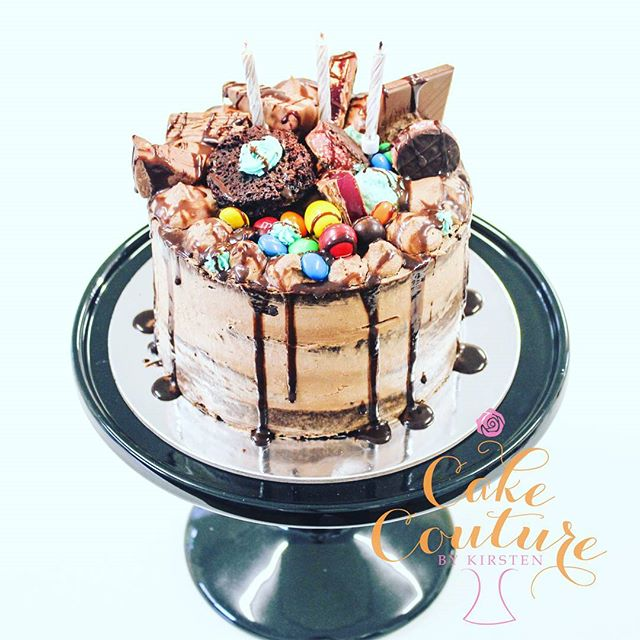Chocolate Mousse cake_#seminakedcake #moussecake #chocolate #indulgent