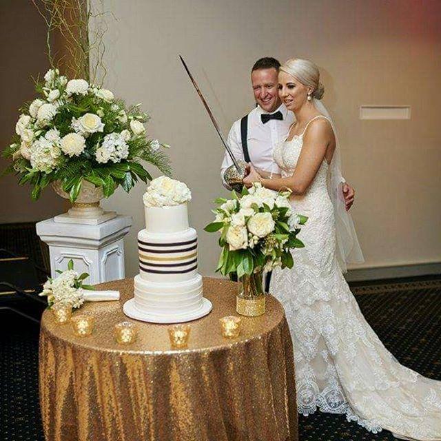 Strikingly Elegant_#weddingcake #4tiercake #blackwhiteandgold #elegantcakes #lessismore #malparaflor