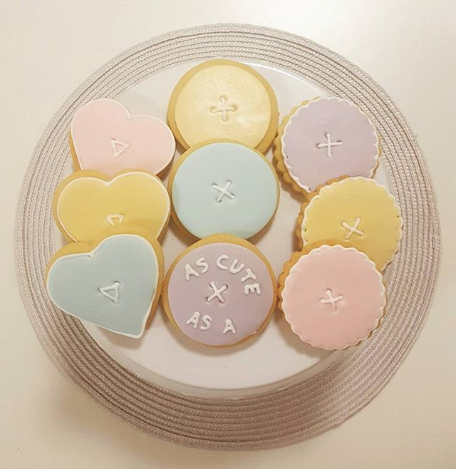 As Cute as a Button_#sugarcookies #1stbirthday #pastels #buttons #sweet #townsvilleparties