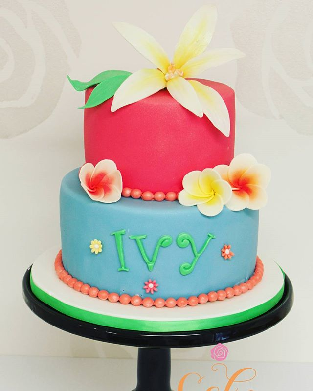 Ivy's Island. What a cute 1st birthday theme