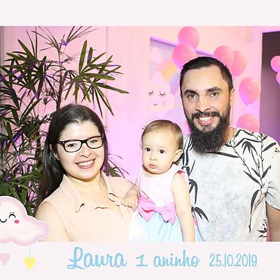 Laura 1 ano