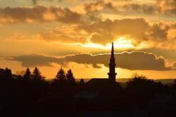 Lever de soleil sur le clocher