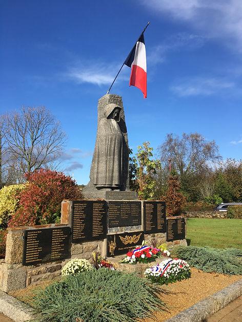 Monument aux Morts.JPG