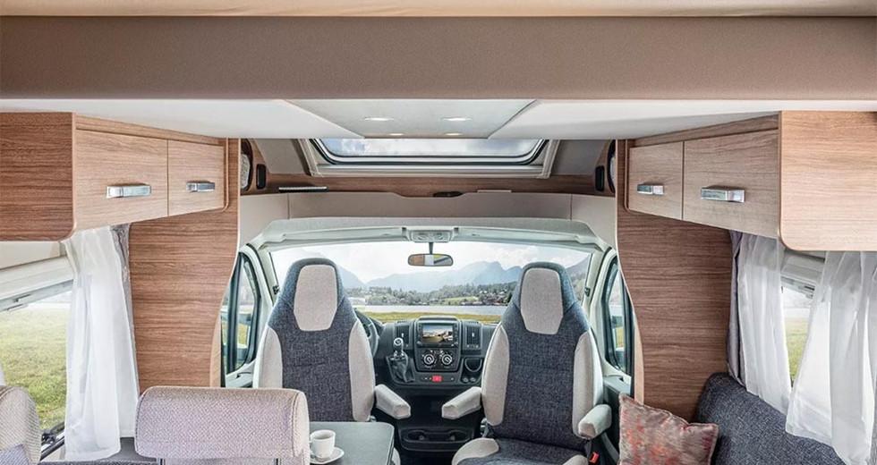 Weinsberg CaraSuite 650 MG - Wohnraum