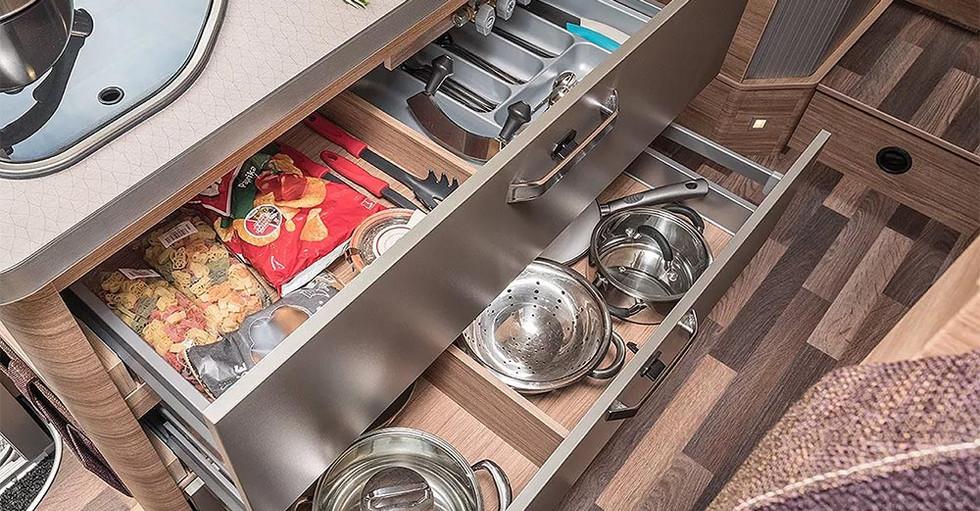 Weinsberg CaraCore 700MEG - Küche