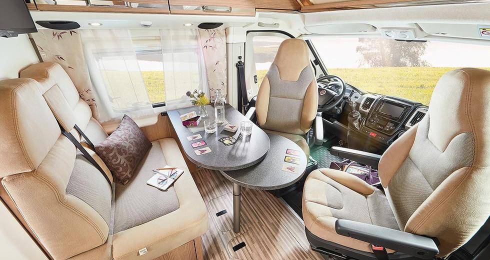 Malibu Van600DB - Wohnraum V.jpg