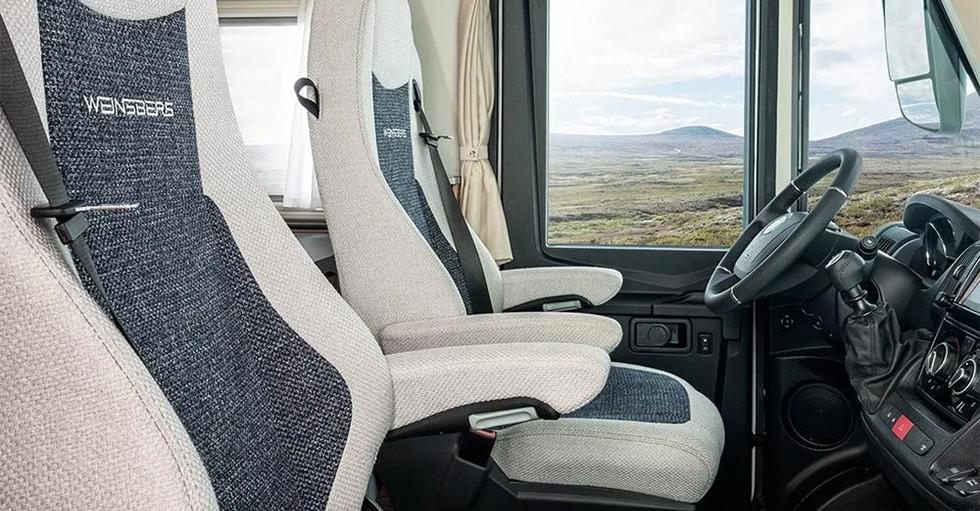 Weinsberg CaraCore 700MEG - Fahrersitz