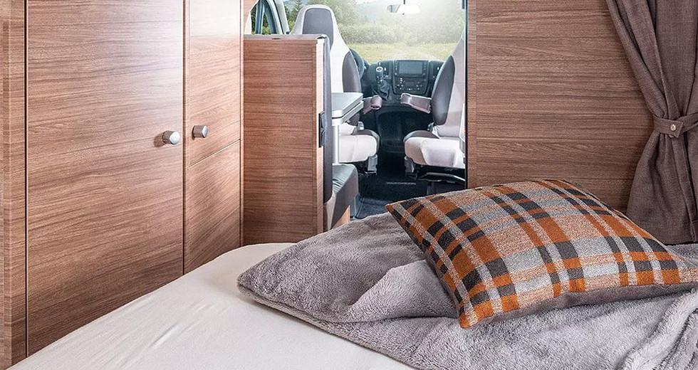 Weinsberg CaraCompact 600 MF - Bett