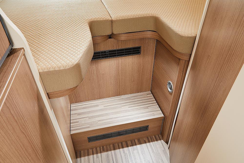 Malibu Van640LE GT - Einstieg Bett
