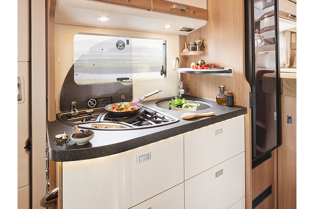 Malibu T430LE - Küche.jpg