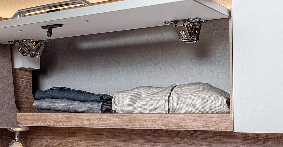 Weinsberg CaraSuite 700 ME - Stauraum