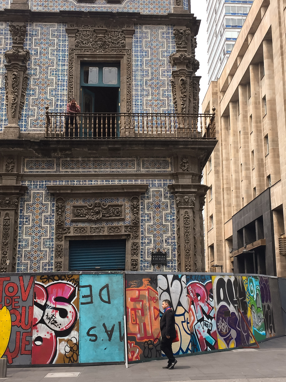 House of Tiles and graffiti covered slants ; Mexico City