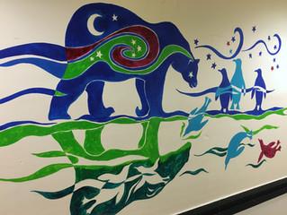 Arte y juego en los pasillos de pediatría 3