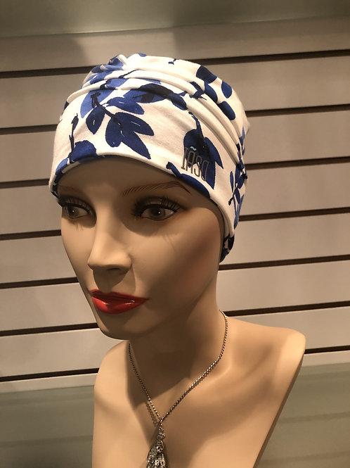 Bonnet floraison bleutée