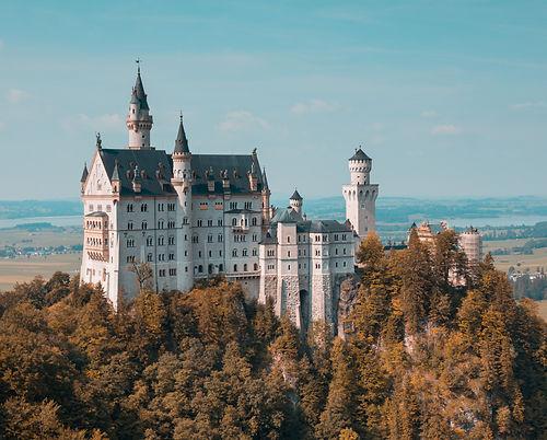 fairytale-castle-honeymoon-travel-adviso