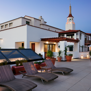 18 W Victoria Street #208 Santa Barbara, CA - SOLD - $1,050,000