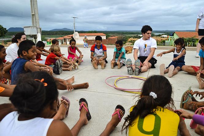 Oficina recreativa inicia ação do grupo na comunidade