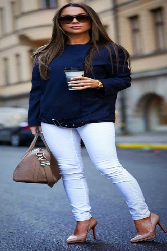 White skinny jeans and nude pumps