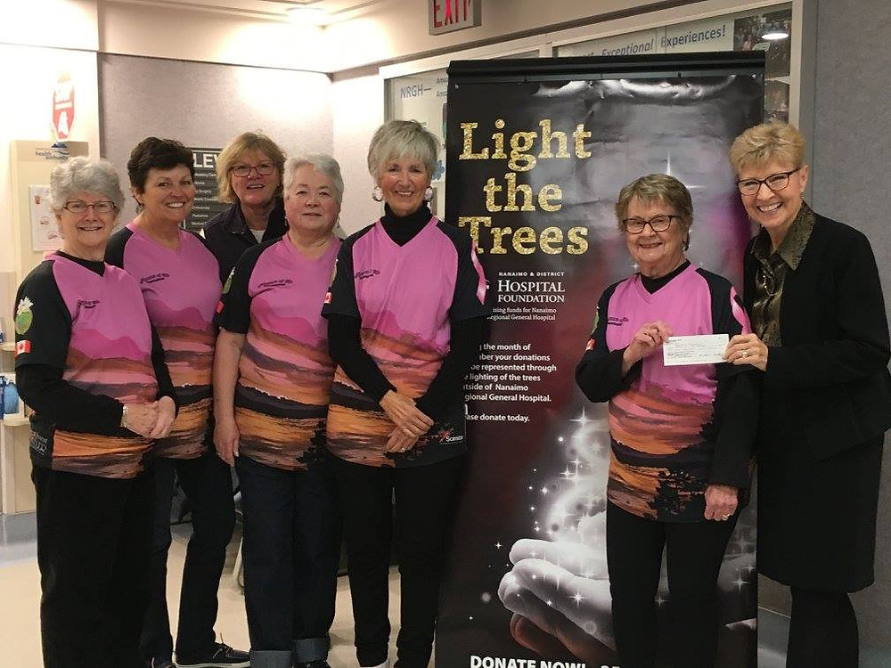 Foundation CEO, Janice Perrino, accepts a cheque from members Brenda Dutton, Lucy Gosselin, Jean Sanderson, Rosemary Lysak, Pat Boychuk, Pat Lough.