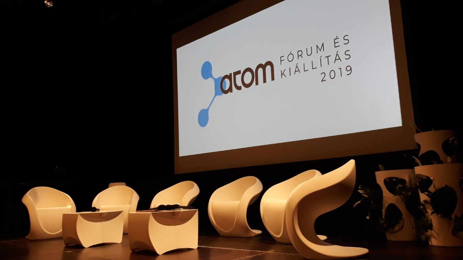 ATOM EXPO STAGE