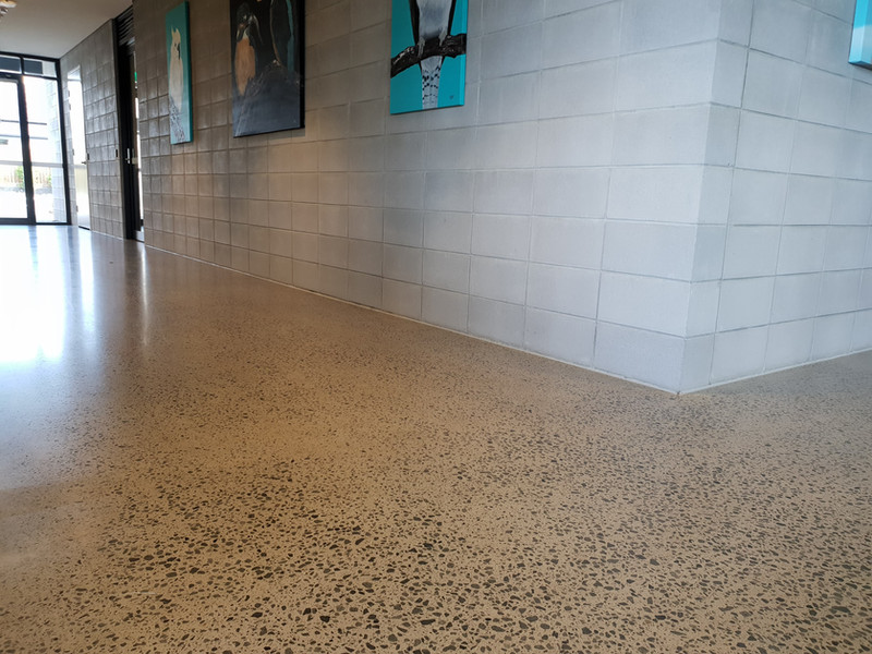 polished concrete commercial 15