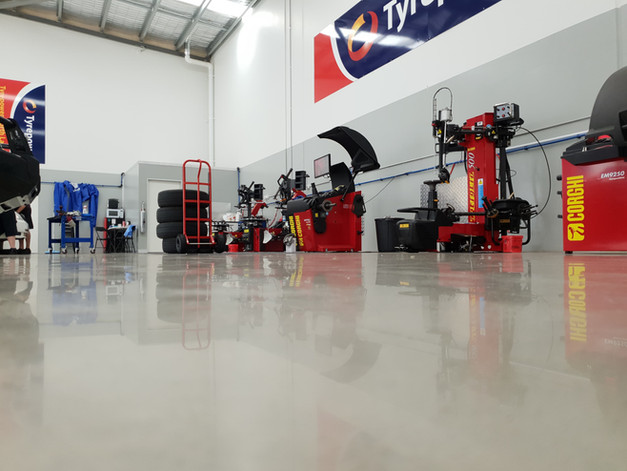 polished concrete industrial 12