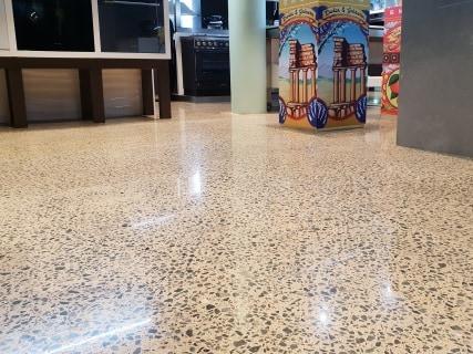 polished concrete commercial 32
