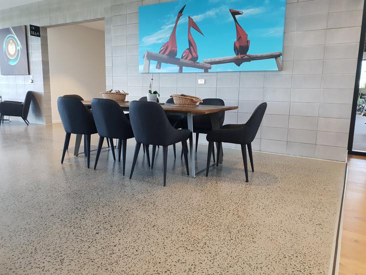 polished concrete commercial 18