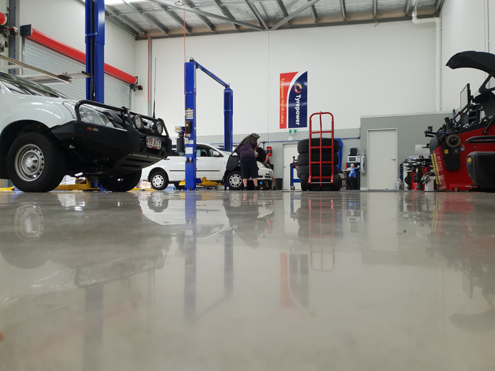 polished concrete industrial 13