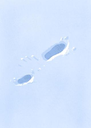 Fotspor i snøen