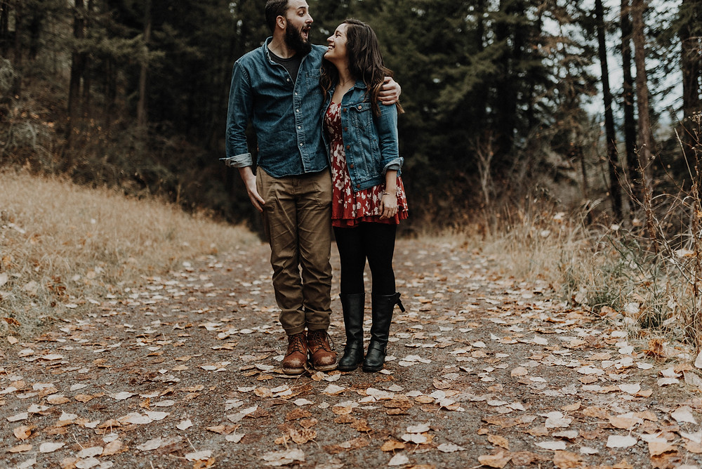 Engagement photos, fall engagement, mountain photo shoot, sunset photos, Bohemian engagements, What to wear for engagement shoot, moody, Montana photographer, Missoula Engagement