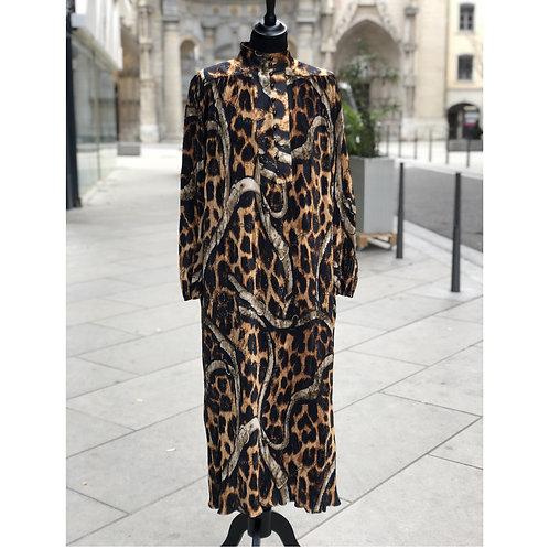 Robe Dona
