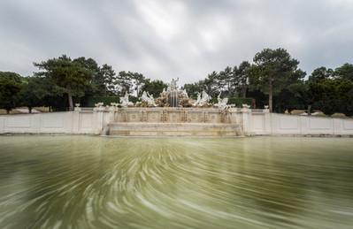 Neptune Fountain in Schonbrunn