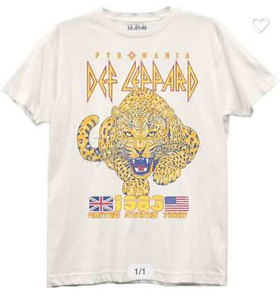 Def Leppard Distressed Tour tee