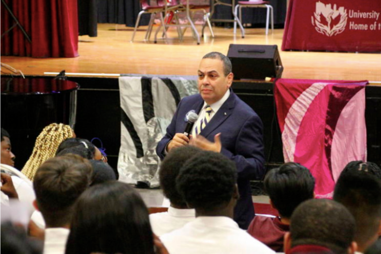 After nearly one year on the job, Superintendent Roger León unveiled Clarity 2020, a strategic plan to launch the district into the next decade.