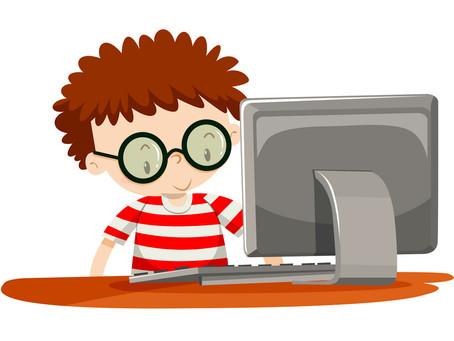 Hình ảnh phòng máy tính cho kỳ thi CFA