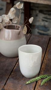 Tasse en céramique blanche Wabi Sabi - Gris Groseille Angers 49
