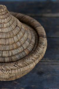 Panier artisanal marocain, esprit plat à tajine