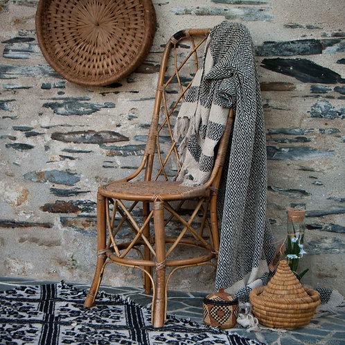 Chaise vintage en rotin tressé - Gris Groseille boutique déco Angers 49