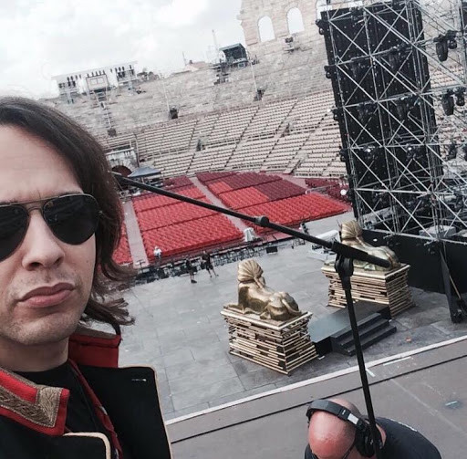 on stage (Arena di Verona)