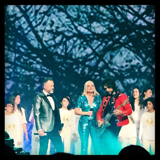 on stage with Kerry Ellis