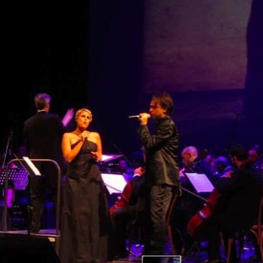 on stage with Tosca Donati