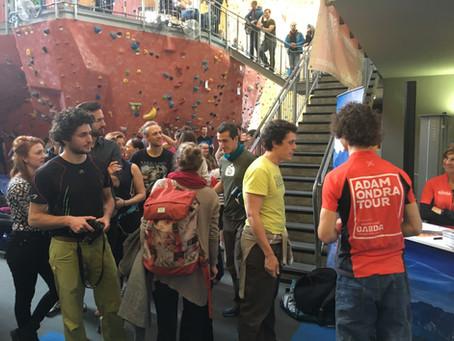 Ondra mobilisiert die Klettermassen